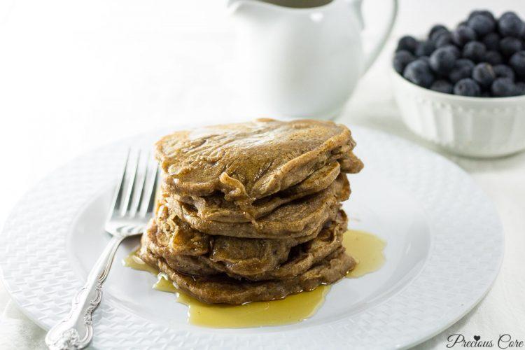 Healthy Eggless Pancakes