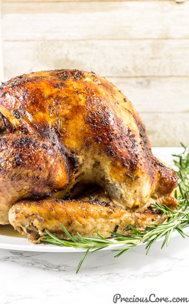 The best juicy roast turkey