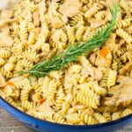 ONE POT CREAMY MACARONI AND CHICKEN