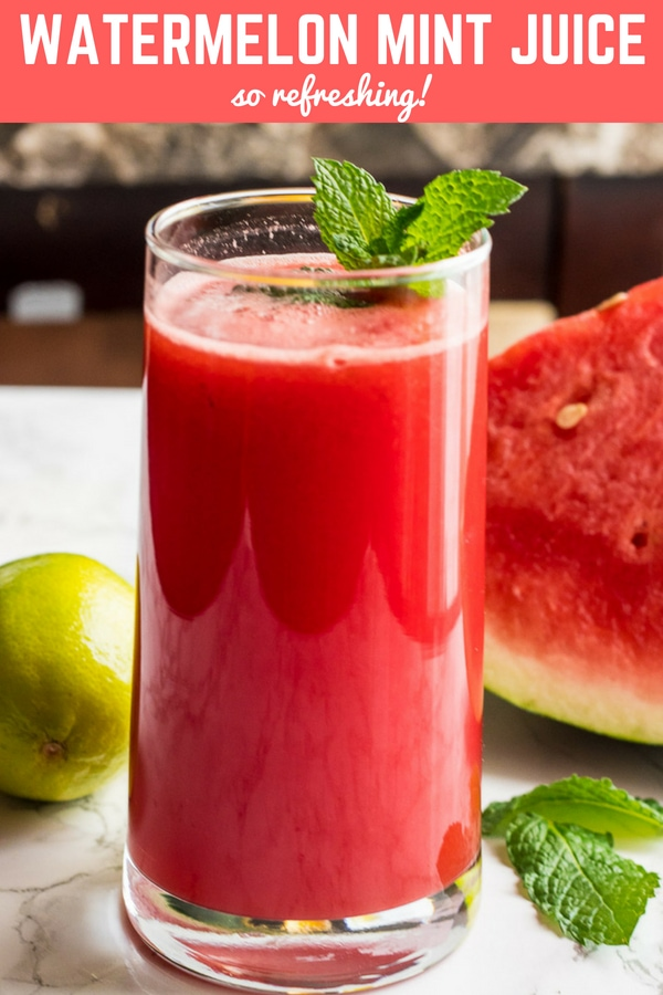 Refreshing Watermelon Mint Juice. This juice is so easy to make and contains no added sugar! #healthy #drinks