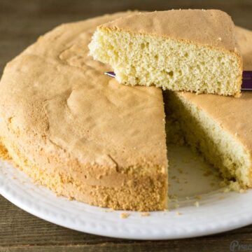 Perfect Vanilla Sponge Cake Recipe