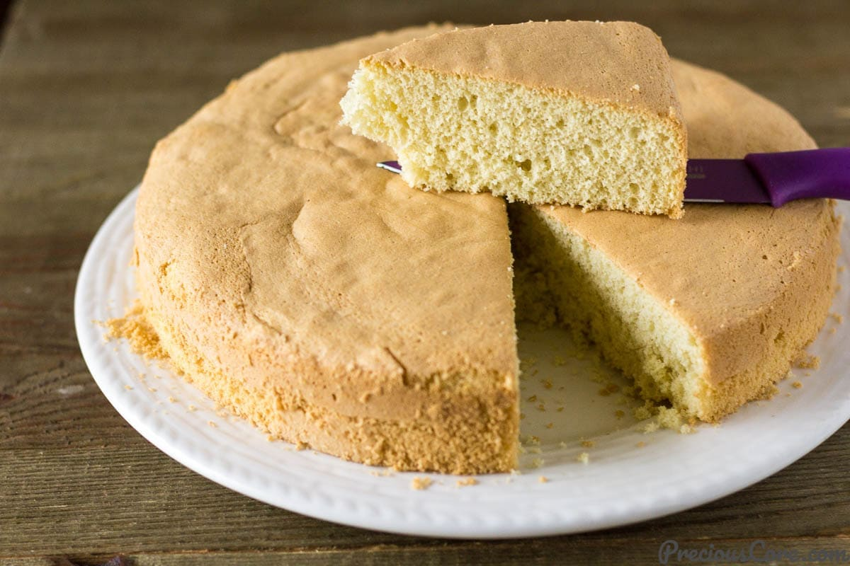 Perfect Vanilla Sponge Cake Recipe