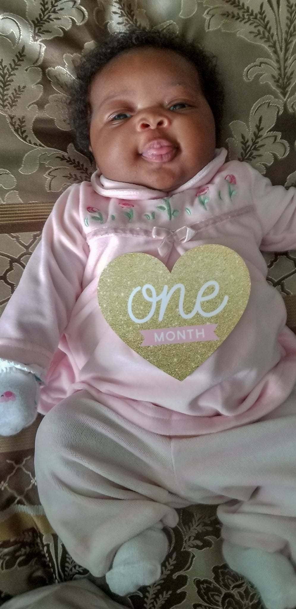 Baby one month photo