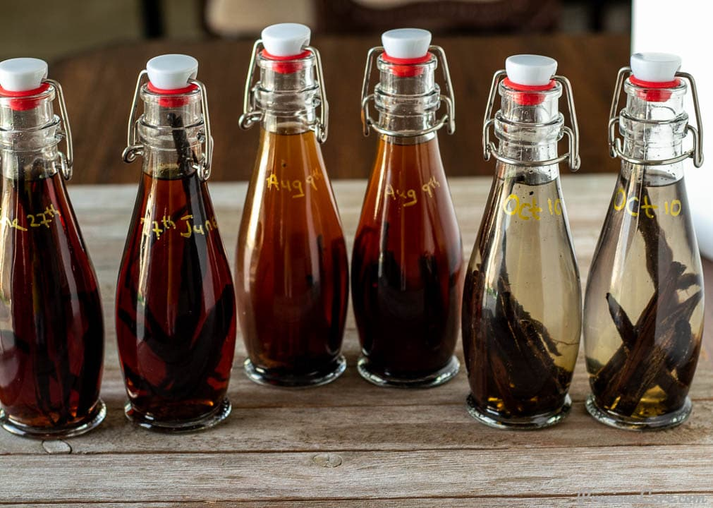 vanilla extract in various bottles
