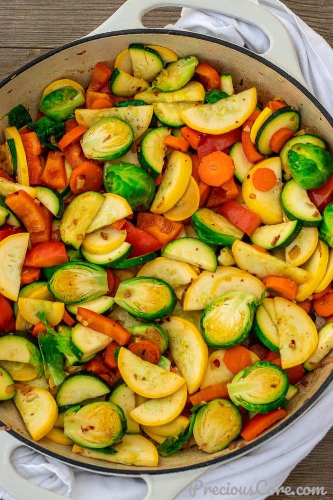 Sautéed vegetables in pot